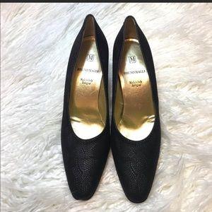 💥1-DAY FLASH SALE💥EUC Black Bruno Magli Heels